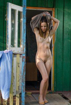 Стройная девушка из Москвы ищет мужчину для секса без обязательств